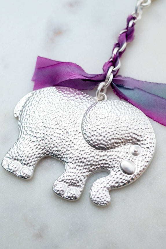 Siver Hammered Elephant Keychain