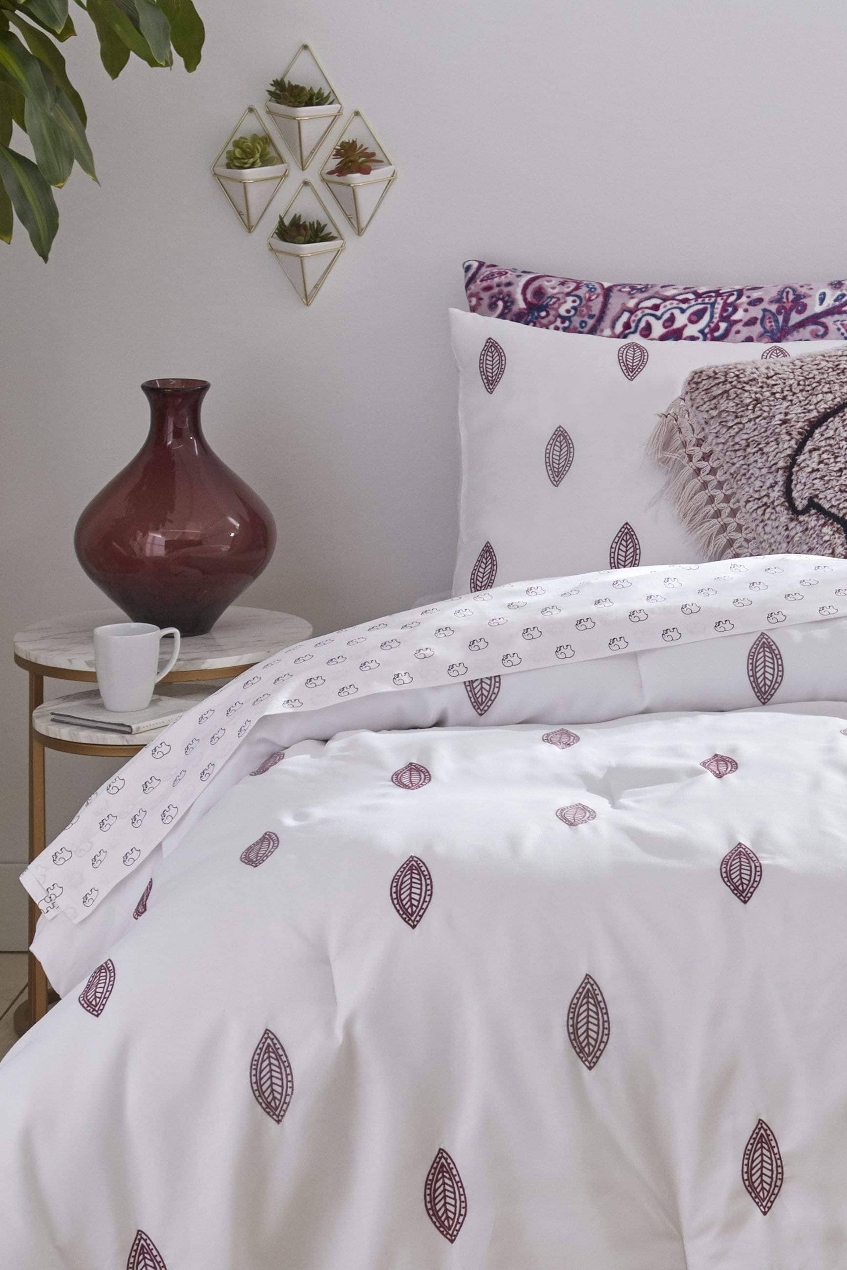 Berry Ella Toss Sheet Set - Ivory Ella - Home