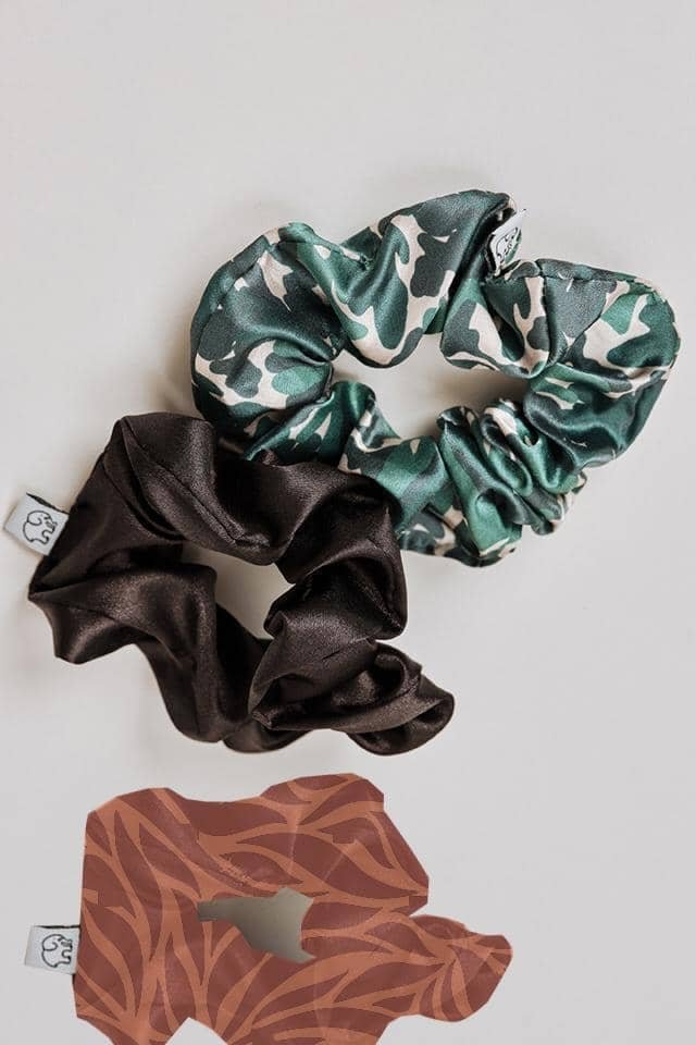 Ivory Ella W Beauty Camo Camo Scrunchie Set