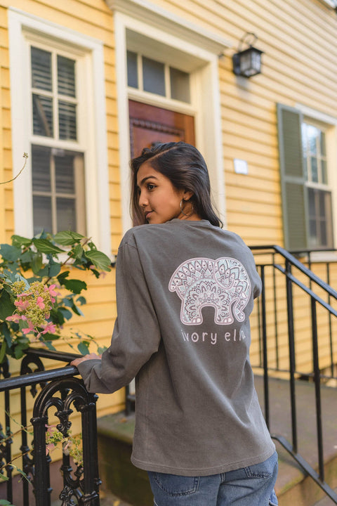 Ivory Ella Women's Long Sleeve Shirts S Classic Fit Pepper Zen Mandala Tee