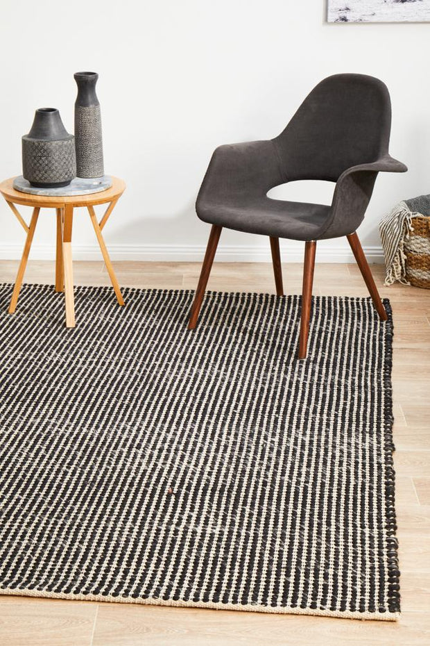 Carlos Felted Wool Rug Black Natural (8815080519)