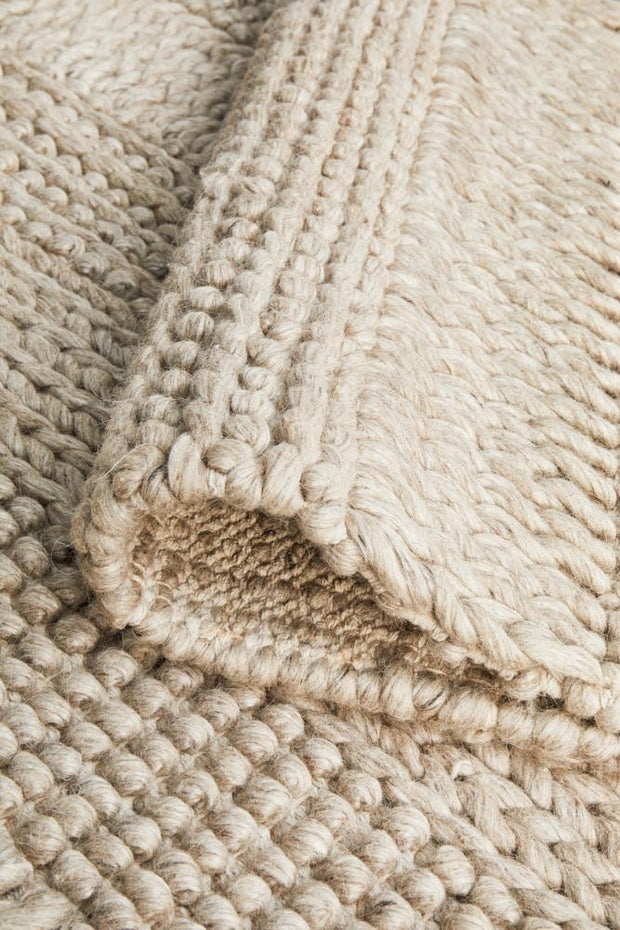 Hand Braided Grey Felted Wool Rug (8815897671)