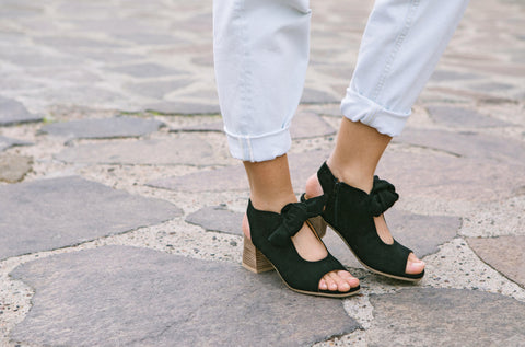 Lifestyle Image of Ellie Stacked Heel Sandal