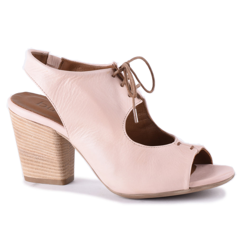 PALE PINK LEATHER W/BROWN