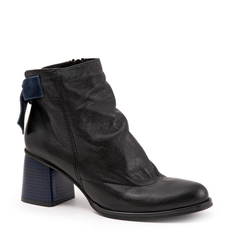 BLACK AMALFI LEATHER W/ BLUE VELVET BOW & BLUE HEEL
