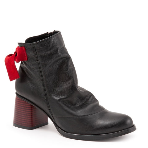 BLACK AMALFI LEATHER W/ RED VELVET BOW & RED HEEL