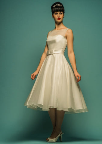 Retro Champagne Knee Length Reception Wedding Dress