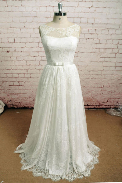 Elegant Vintage Style Lace Wedding Dress with French Lace | EE3002
