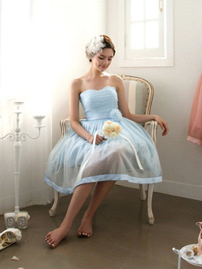 Sky Blue Strapless Short Bridesmaid Dress with Sweetheart Neckline