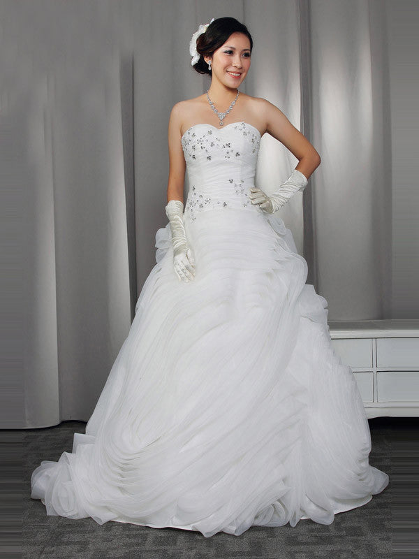 Strapless Ruffles Wedding Dress with Beadings | RS3002