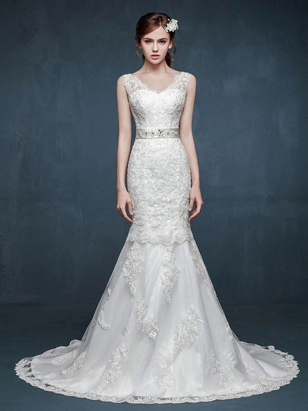 Vintage Inspired Mermaid Lace Wedding Dress