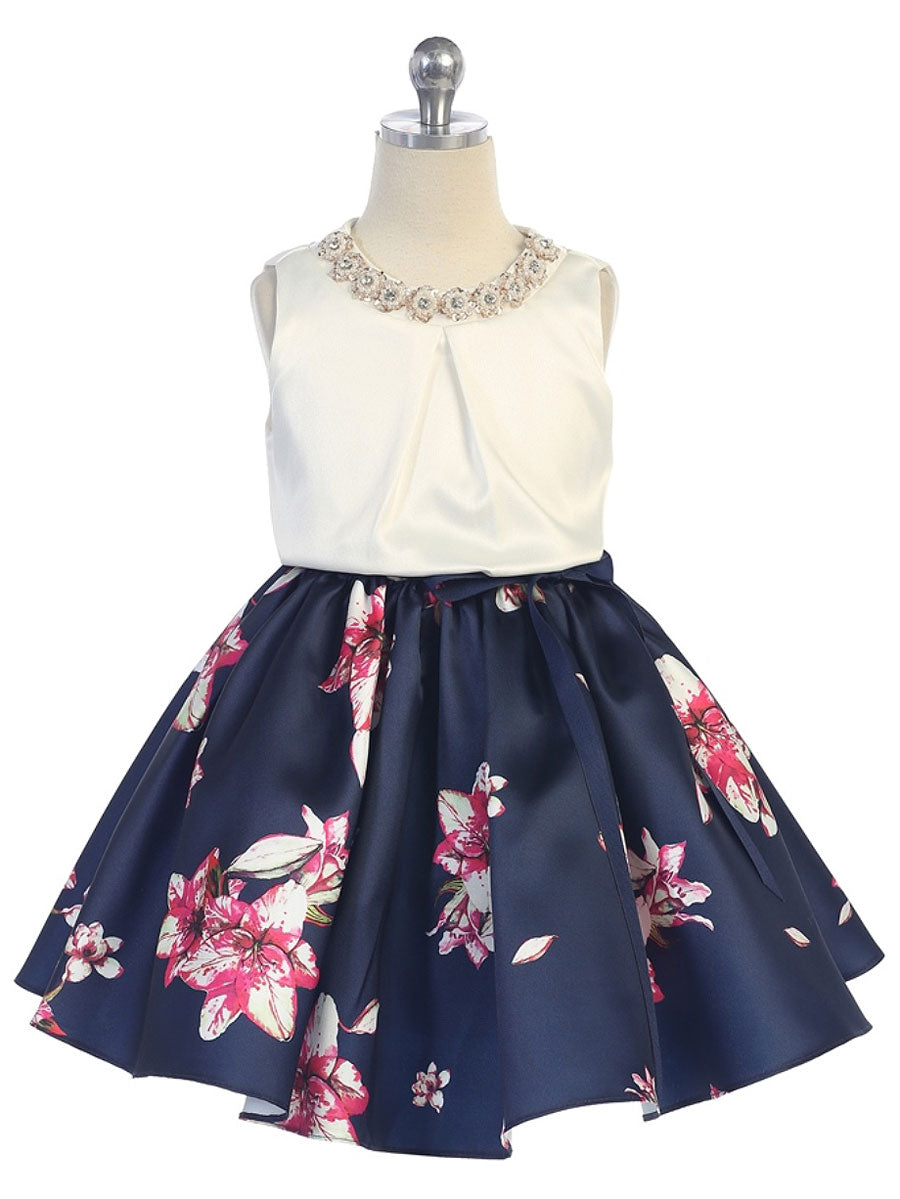 Trendy floral dress with pleated top