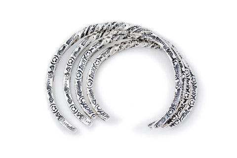 BWL Bracelet  - Graffiti Square Thin Twist Bangle