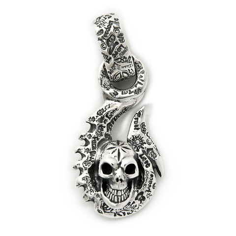 Graffiti Fish Hook with Vintage Skull and Mid Star Pendant
