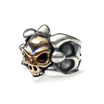 18K Tribal Band Ring with Skull