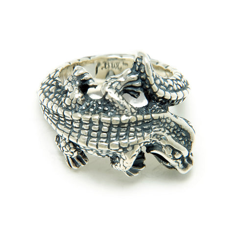 Medium Alligator Ring