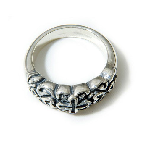 Small Gothic 30th Anniversary Ring