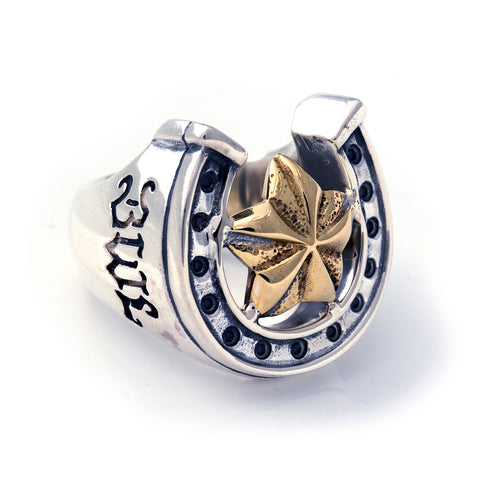 "Horseshoe Ring with ""STAR 5 POINTS"" Top - Large"