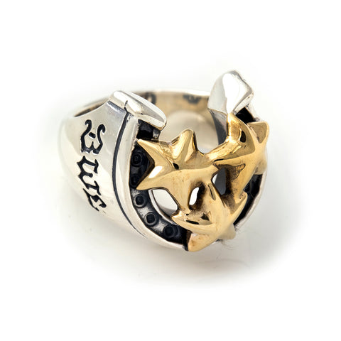 "Horseshoe Ring with ""TRIPLE STAR"" Top - Medium"