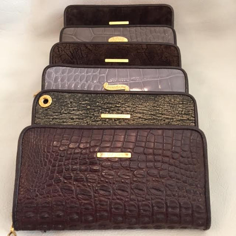 Large Zipper Wallet in Brown Hornback Alligator Leather