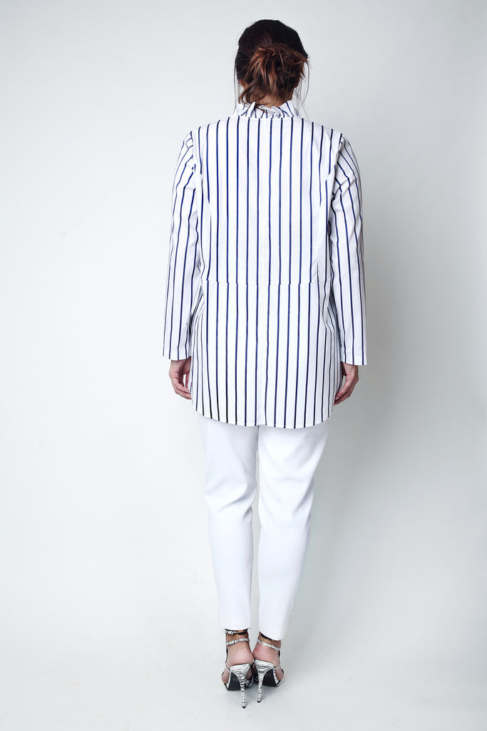 Striped Shirt for voluptuous figures