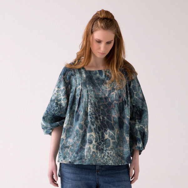 Plus Size Printed Blouse for Voluptuous Women