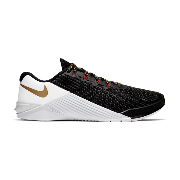 Nike Women's Metcon 5 Black/Metallic Gold