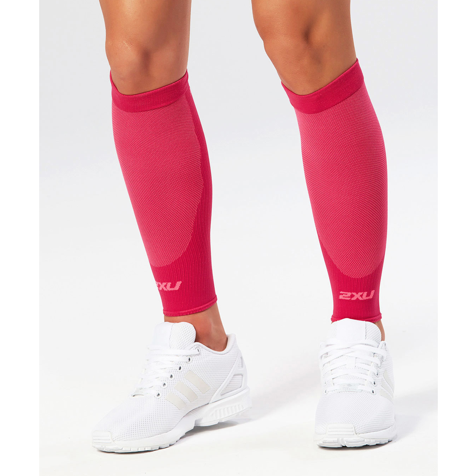 2XU Unisex Compression Performance Run Sleeve Hot Pink