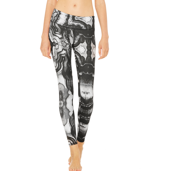 Alo Women's Tech Lift Airbrush Legging Mineral
