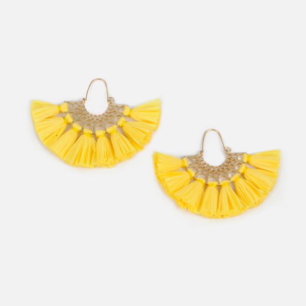 Aretes color amarillo