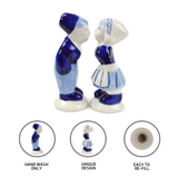Collectible Salt and Pepper Shakers: Delft Kiss - GermanGiftOutlet.com  - 4
