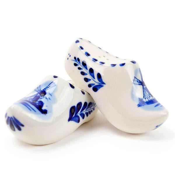 Collectible Salt and Pepper Shakers: Wooden Shoes - GermanGiftOutlet.com  - 1