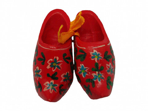 "Unique Magnet Netherlands Wooden Shoes Red (2.25"") - 1 - GermanGiftOutlet.com"