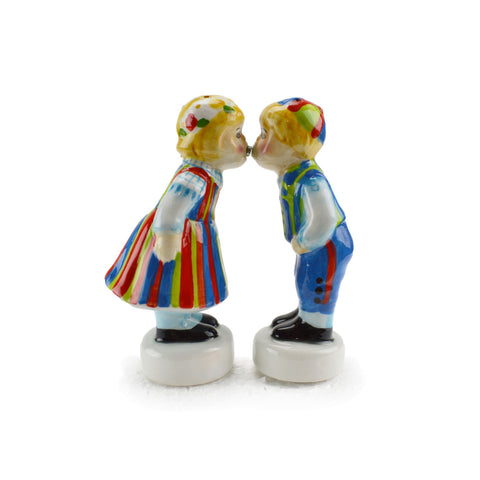 Collectible Magnetic Salt and Pepper Shakers Finnish