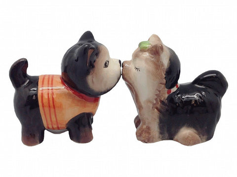Ceramic Salt & Pepper Set Magnetic Dogs - GermanGiftOutlet.com  - 1