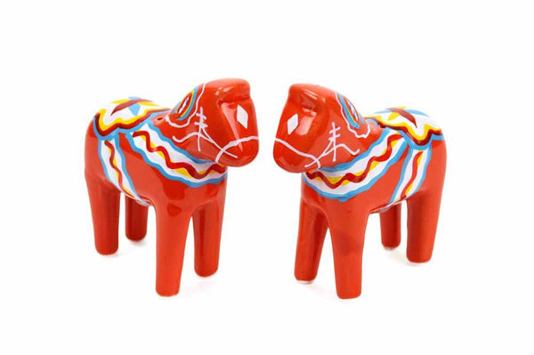 Red Dala Horse Salt and Pepper Shakers - GermanGiftOutlet.com  - 1