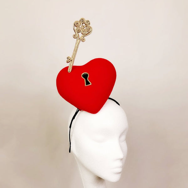 Love Lock Fascinator