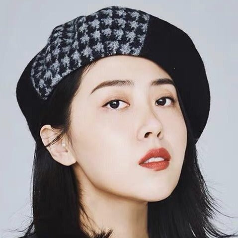 Yuan Li London Millinery Black Grey Houndstooth Herringbone wool beret
