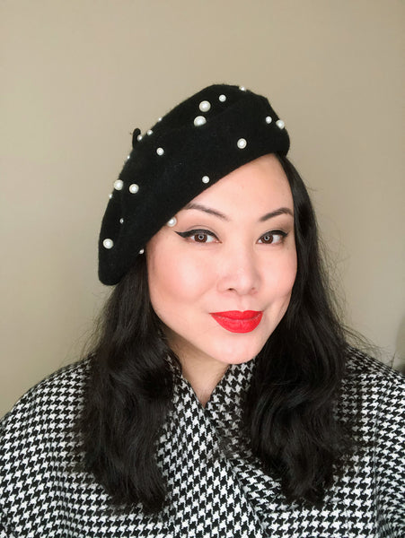 Black White Pearls Wool Beret