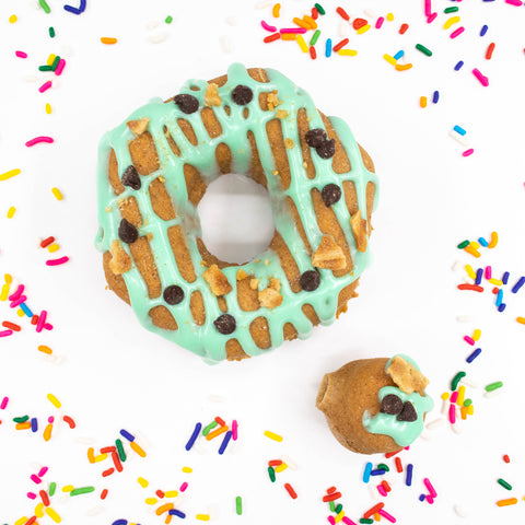 4 Pack - Raised Doughnut - Mint Chocolate Chip