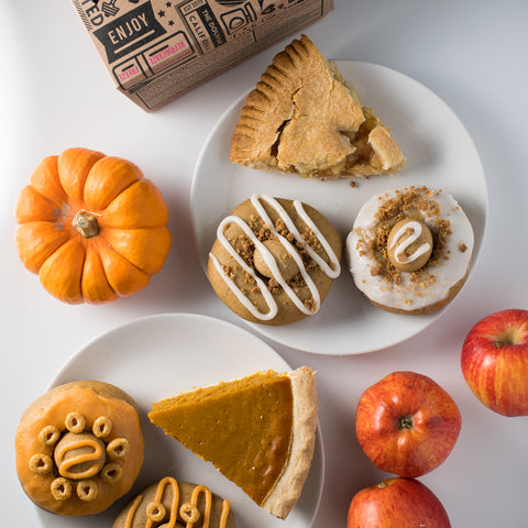 8 Pack (G): 4 Apple Pie / 4 Pumpkin Pie Variety Pack