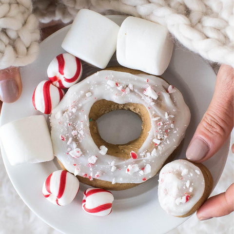 *HOLIDAY FLAVOR* 4 Pack - Raised Doughnut - Peppermint White Mocha