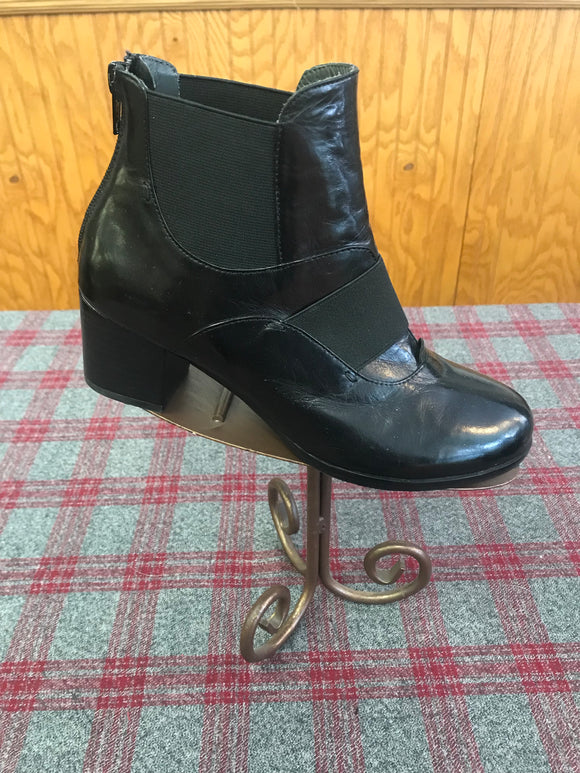 Everybody Black Leather Bootie