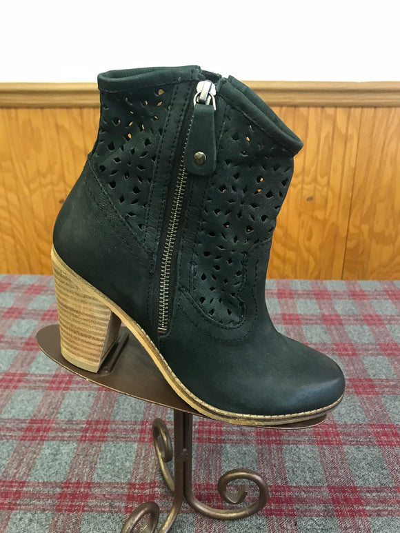 Rebels Black Bootie