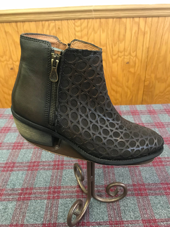 Kanna Wash Marron Bootie