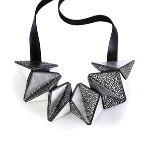 Load image into Gallery viewer, Star silver geometric leather necklace