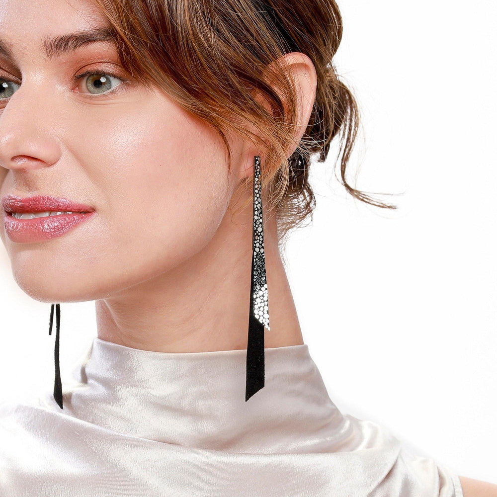 Load image into Gallery viewer, Grace black pewter leather earrings - ShulliDesign