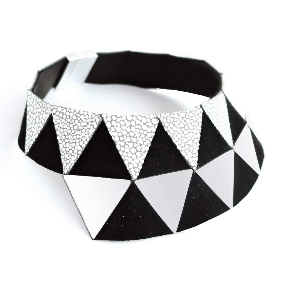 Nefertiti silver and black leather choker