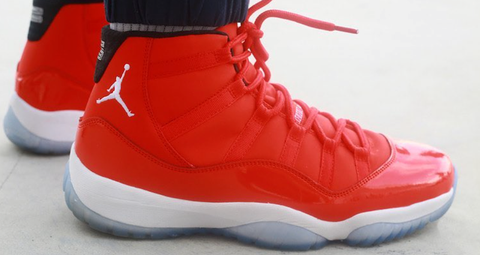 AIR JORDAN 11 (ALL RED PE)