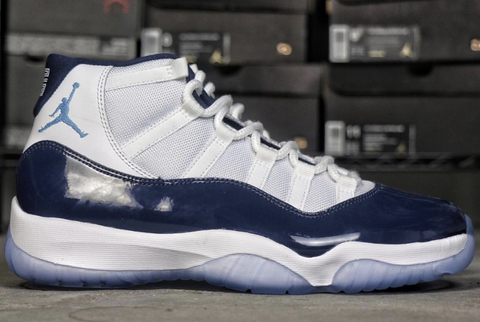 AIR JORDAN 11 (MIDNIGHT NAVY)